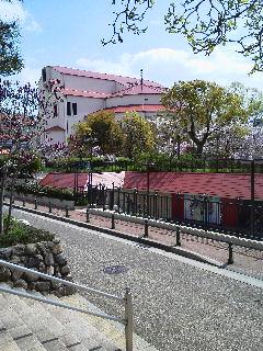 宝塚大劇場。